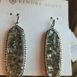 KENDRA SCOTT CRUSHED BLACK PEARL LAUREN EARRINGS
